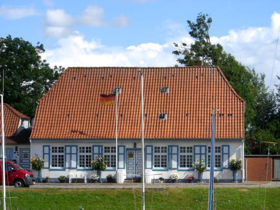 Et af Tönnings gamle huse