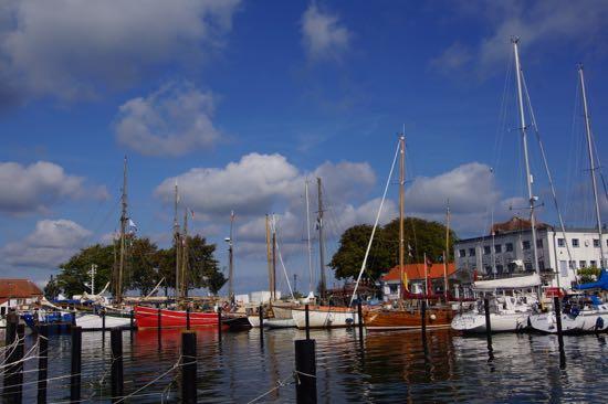 Fiskerihavn og lystbådehavn i Laboe